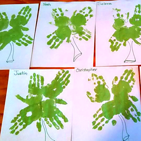 shamrock-handprint-crafts-for-kids