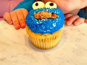 DIY Cookie Monster Cupcake Idea For Kids