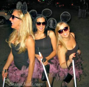 DIY 3 Blind Mice Group Halloween Costume Idea For Women