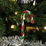 Easy Pipe Cleaner Candy Cane Ornament For Kids