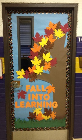 Fall door decoration ideas for the classroom crafty morning for Art room door decoration
