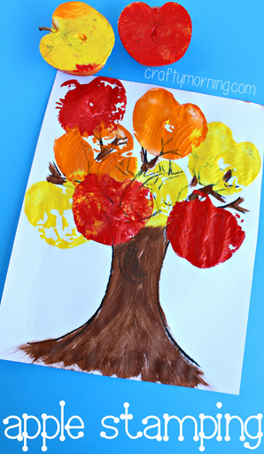 fall-tree-craft-using-apples-as-stamps