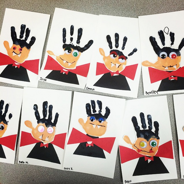 Halloween Crafts And Decorations: Handprint Vampire Halloween Craft For Kids