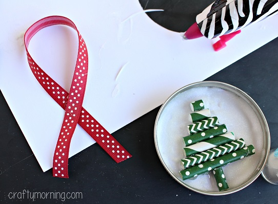 mason-jar-lid-christmas-tree-ornament
