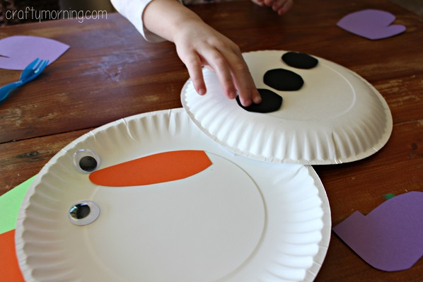 paper-plate-snowman-craft-for-kids