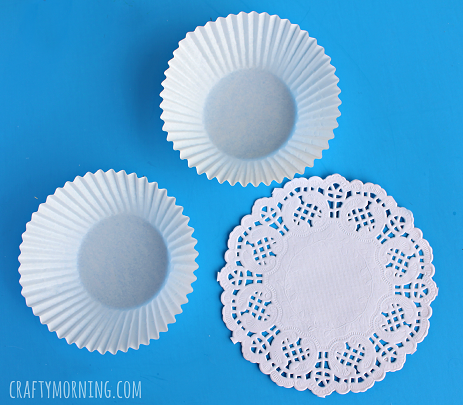 cupcake-liner-doily-lily-pad-craft-