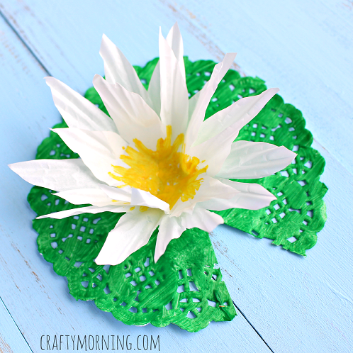 cupcake-liner-doily-water-lily-craft
