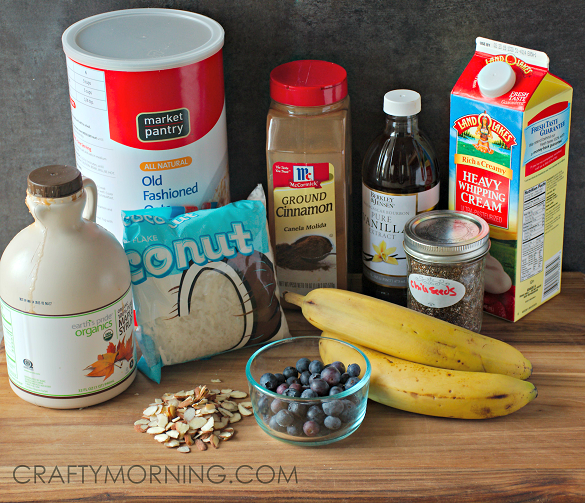 HEALTHY-oatmeal-banana-chia-seed-ingredients