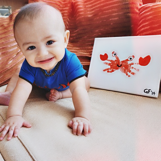 handprint-crab-craft-for-kids-and-babies