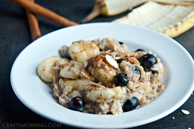 healthy-oatmeal-recipe-using-bananas-chia-seeds