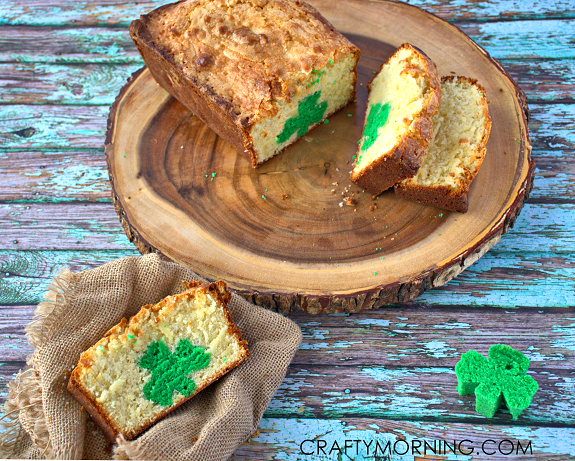 ST-PATRICKS-DAY-SHAMROCK-POUND-CAKE-RECIPE
