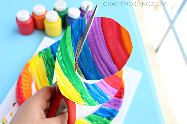End Of The Rainbow Paper Plate Twirler Kids Craft Crafty Morning