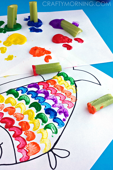 RAINBOW-FISH-CELERY-STAMPING-KIDS-CRAFT