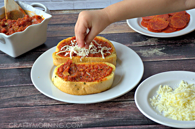 TEXAS TOAST PIZZA RECIPE FOR KIDS