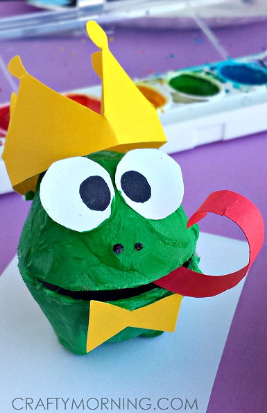 egg-carton-frog-prince-kids-craft