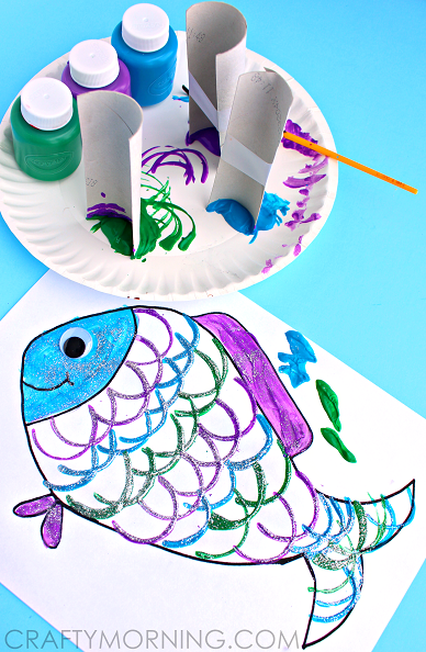 make fish scales using toilet paper rolls kids craft