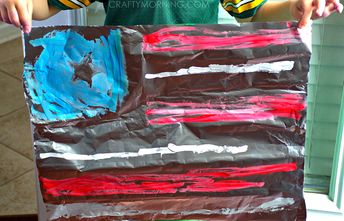 c2b52e7a7161 Make an American Flag Craft on Aluminum Foil - Crafty Morning