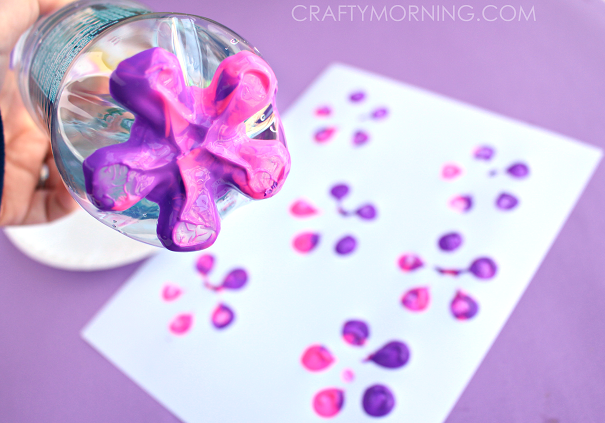 bottle-print-button-flower-kids-craft