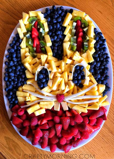 bunny-rabbit-fruit-platter-for-easter
