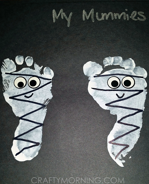 cute-footprint-mummies-halloween-kids-craft