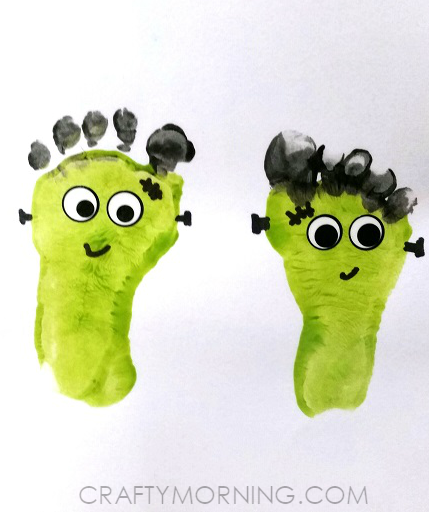 footprint-frankenstein-halloween-kids-crafts