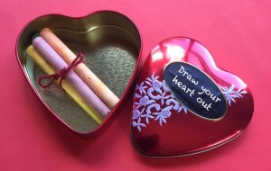 draw-your-heart-out-chalk-tin-valentine-gift