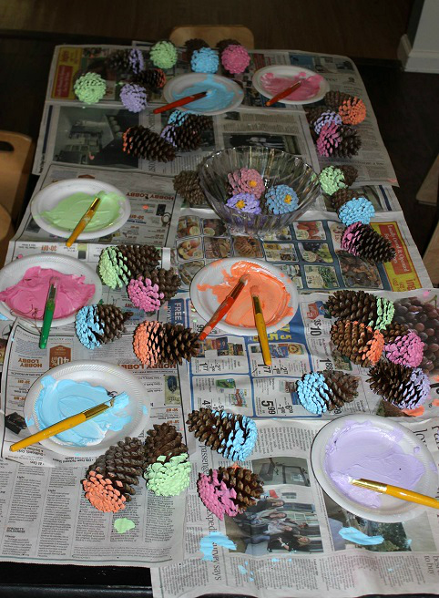 painting-pinecone-flowers-kids-craft