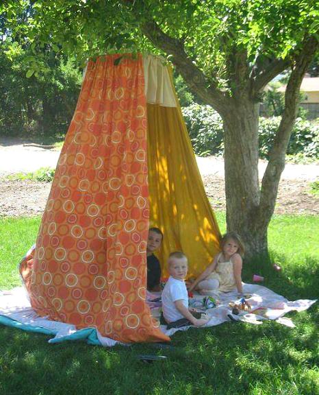 sheet-fort-hula-hoop-summer