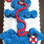 How to Make an Anchor Cupcake Cake