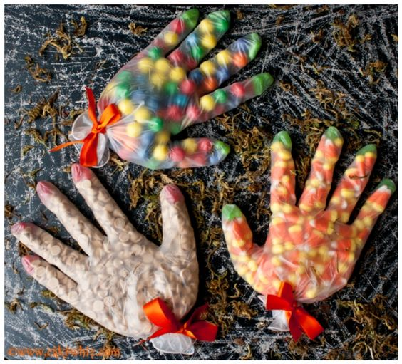 candy-glove-treats-for-halloween