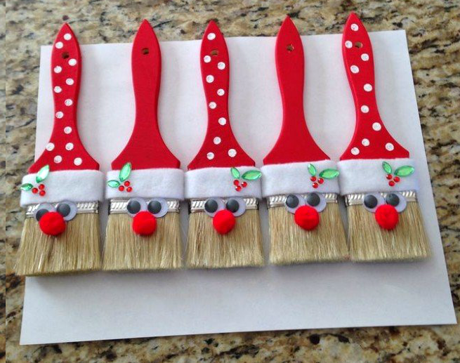 santa paintbrushes christmas decoration