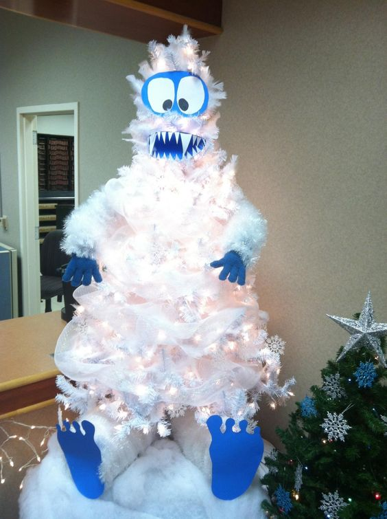 snowman christmas tree idea - Blue And White Christmas Tree