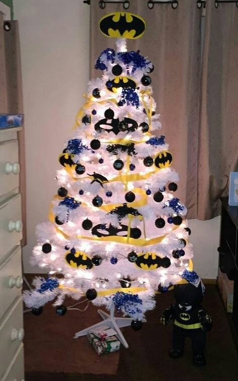batman-christmas-tree