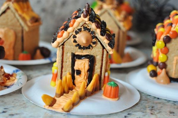 graham-cracker-halloween-haunted-houses