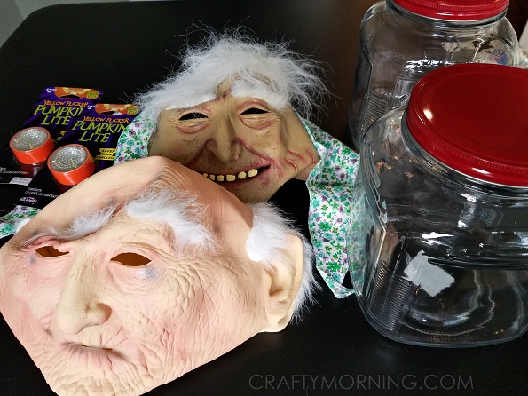 jars-of-creepy-heads-halloween-decorations