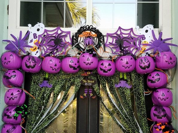 Plastic Pumpkin Arch Entry Way Crafty Morning