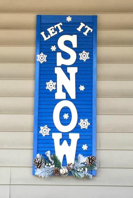 let-it-snow-shutter-door-christmas-craft