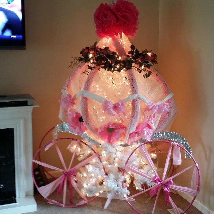 princess-carriage-christmas-tree