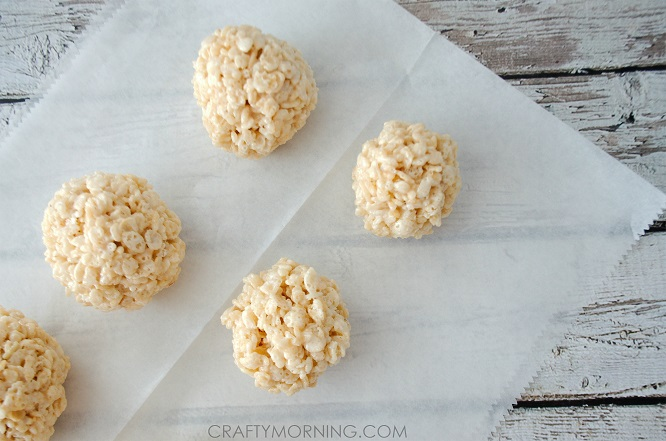 snowman-rice-krispie-treats-for-winter