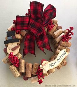 Wine Cork Christmas Wreath Craft