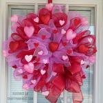 How to Make a Deco Mesh Valentine Wreath