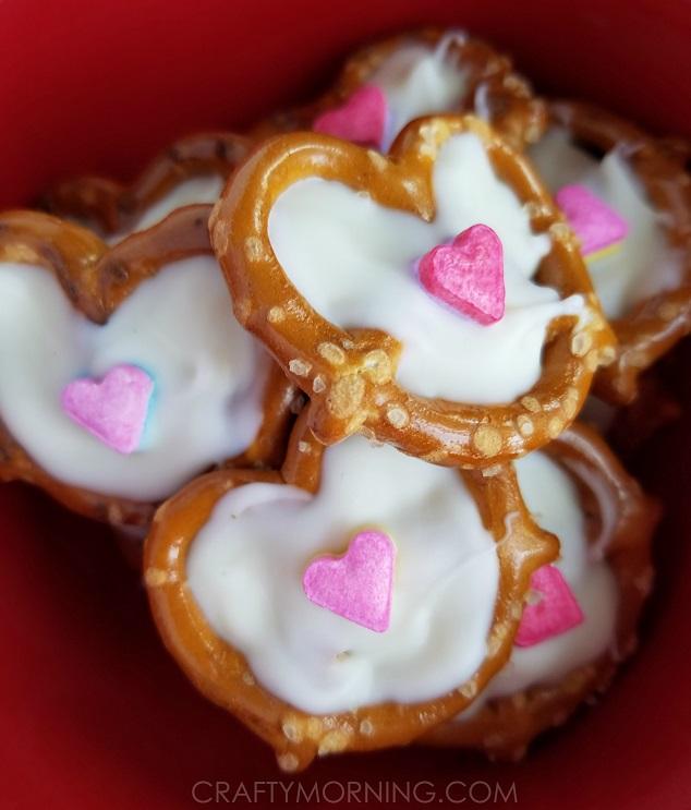 pretzel-heart-valentine-treats