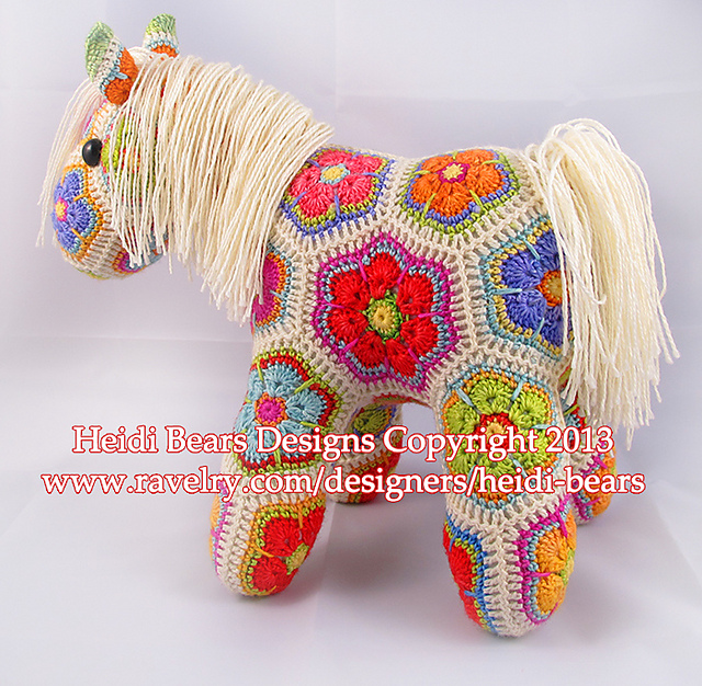 african-flower-unicorn-crochet-pattern