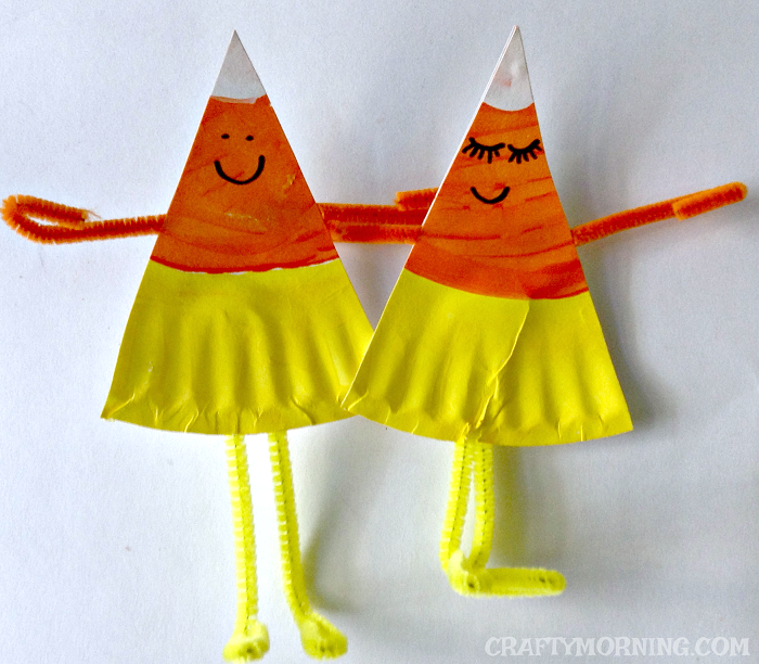 Hereu0027s a fun Halloween/fall craft to do with the kids using just paint and paper plates! Make some candy corn buddies ) & Paper Plate Candy Corn Buddies Craft - Crafty Morning