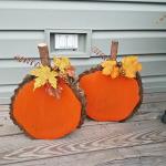 Wood Slice Pumpkins
