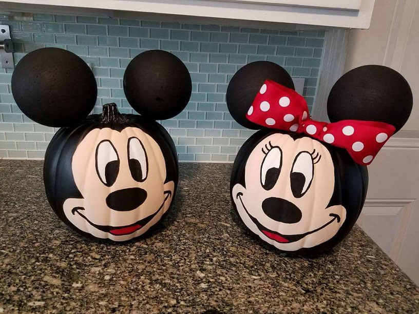 Mickey minnie mouse pumpkin decorating crafty morning for How to paint a mickey mouse pumpkin