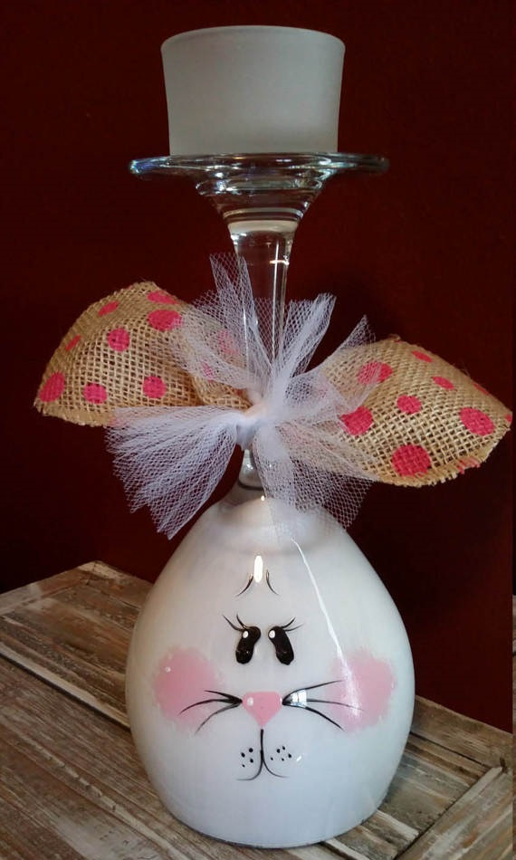 Easter wine glass centerpieces crafty morning for Centerpieces made with wine glasses