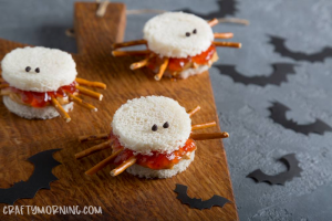 Peanut Butter and Jelly Spider Sandwiches