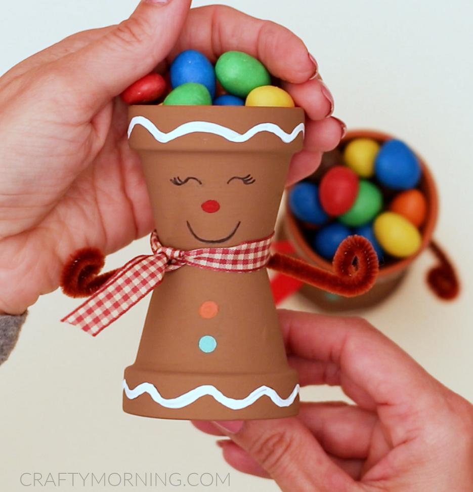 Gingerbread Man Candy Pots